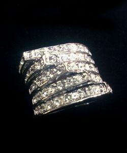 خرید ارزان و بهترین انگشتر بسیار زیبای p11
