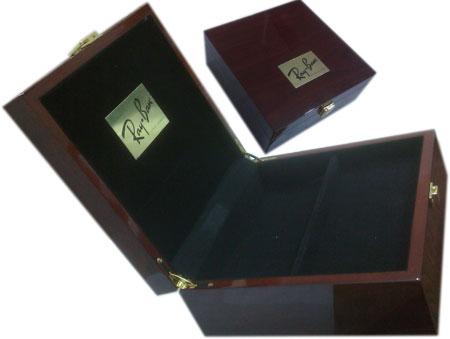 جعبه عینک شیک و نفیس ری بن RayBan